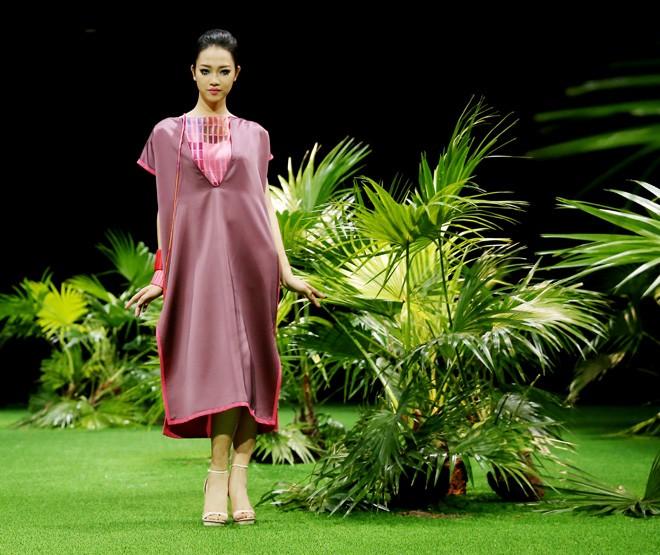 Vietnam Fashion Week: Xanh mướt xuân hè châu Á nhiệt đới mới - ảnh 2