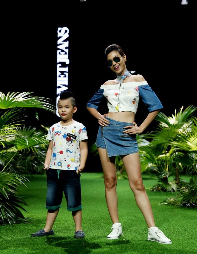 Vietnam Fashion Week: Xanh mướt xuân hè châu Á nhiệt đới mới - ảnh 3