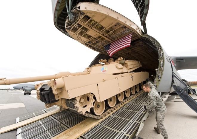 Chiếc vận tải cơ có thể nuốt trọn cường kích A-10 của Mỹ - ảnh 8