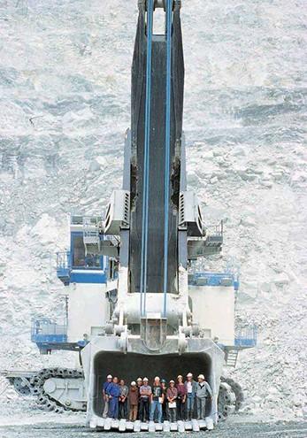 Những cỗ máy khổng lồ trên thế giới - ảnh 12