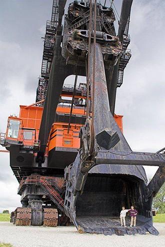 Những cỗ máy khổng lồ trên thế giới - ảnh 3