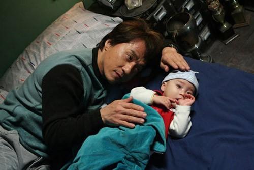 'Đứa trẻ triệu đô' trong phim đạo chích của Thành Long sau 10 năm - ảnh 5