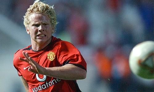 Ferguson nổi giận vì Beckham xin đi máy bay tới sân tập - ảnh 1
