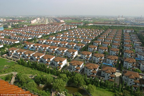 Ngôi làng toàn đại gia ở Trung Quốc - ảnh 1