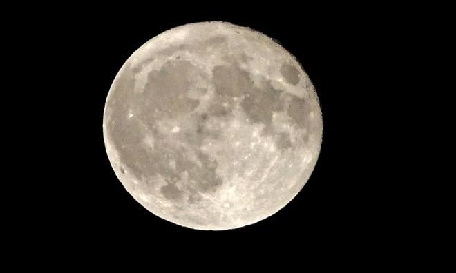 Siêu trăng vừa xuất hiện trên bầu trời các nước - ảnh 5