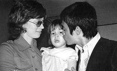 Khoảnh khắc đời thường của Lý Tiểu Long bên vợ con - ảnh 8