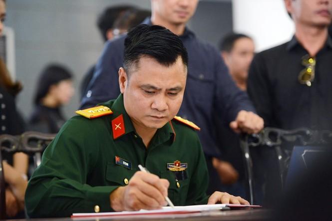 Gia đình, đồng nghiệp nghẹn ngào ở đám tang NSƯT Phạm Bằng - ảnh 17