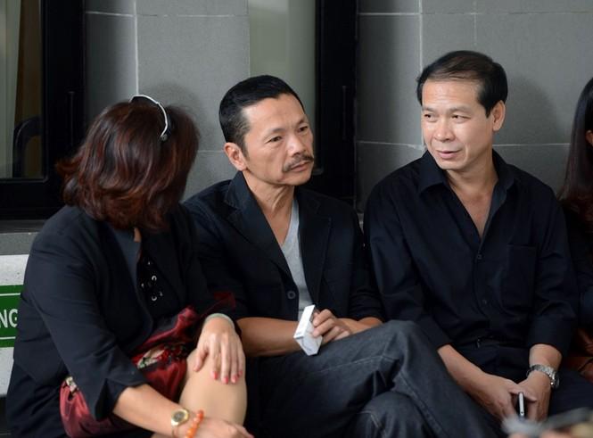 Gia đình, đồng nghiệp nghẹn ngào ở đám tang NSƯT Phạm Bằng - ảnh 2