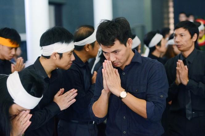 Gia đình, đồng nghiệp nghẹn ngào ở đám tang NSƯT Phạm Bằng - ảnh 5