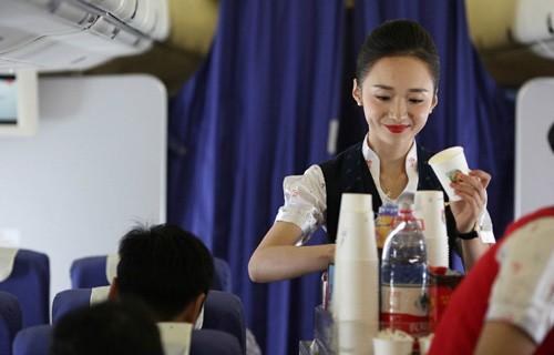 Nhan sắc nữ tiếp viên hàng không đẹp nhất thế giới - ảnh 6