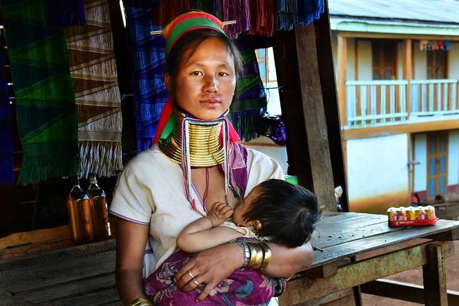 Bộ tộc phụ nữ 'hươu cao cổ' ở Myanmar trước nguy cơ mai một - ảnh 5