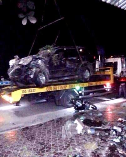 Hai thanh niên chết tại chỗ sau cú tông trực diện ôtô - ảnh 2