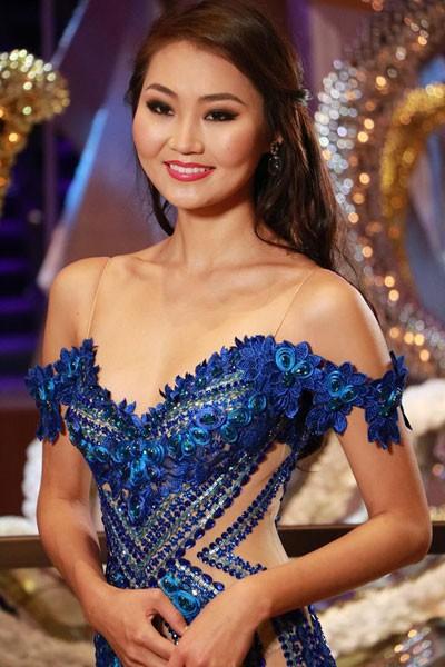 Người đẹp Hoa hậu Thế giới quyến rũ trong trang phục dạ hội - ảnh 4