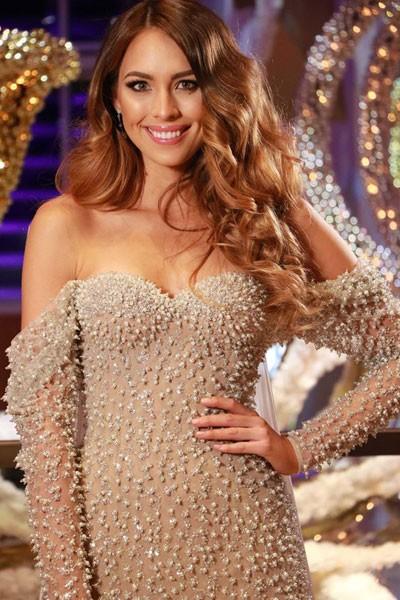 Người đẹp Hoa hậu Thế giới quyến rũ trong trang phục dạ hội - ảnh 6