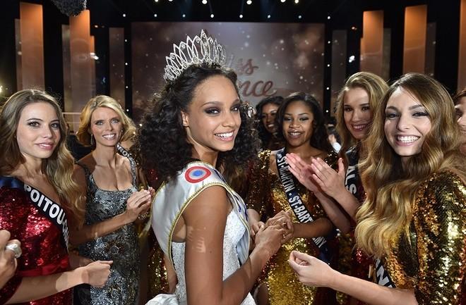 Nhan sắc tuổi 18 của Hoa hậu Pháp 2017 - ảnh 2