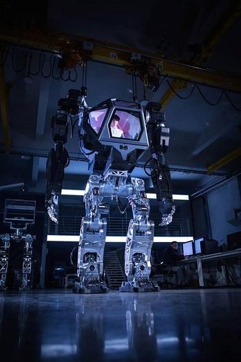 Robot cao 4 m giống hệt cỗ máy sát thủ trong phim Avatar - ảnh 1