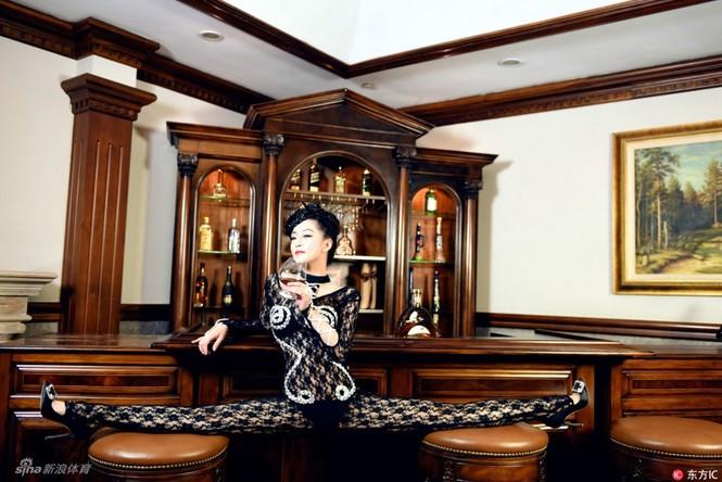 Cô gái được mệnh danh 'nữ thần uốn dẻo' tại Trung Quốc - ảnh 7