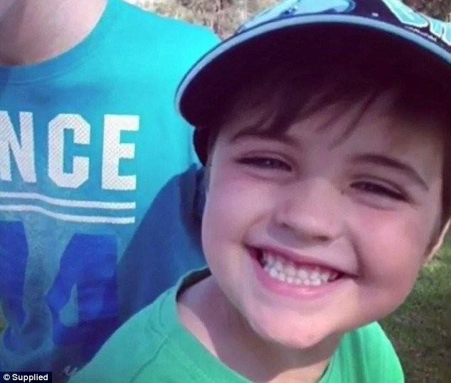 Hành động của ông bố với kẻ giết con khiến người vô cảm cũng rơi lệ - ảnh 2