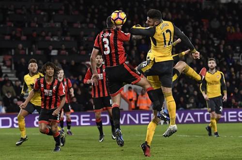 Arsenal thoát thua sau khi bị dẫn ba bàn - ảnh 3