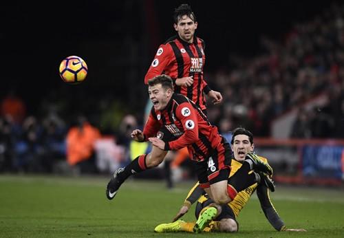 Arsenal thoát thua sau khi bị dẫn ba bàn - ảnh 2