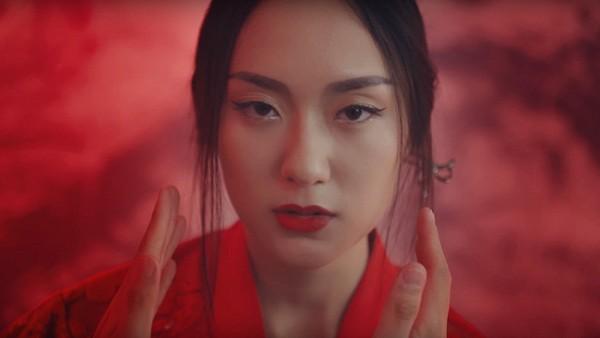 4 hot girl từng sánh đôi cùng Sơn Tùng - MTP trong các MV siêu hot - ảnh 16