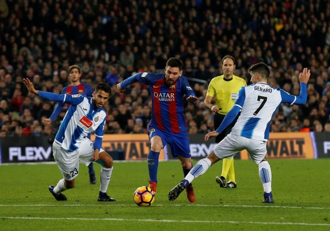 Ronaldo vắng mặt trong Đội hình tiêu biểu La Liga nửa đầu mùa giải - ảnh 9