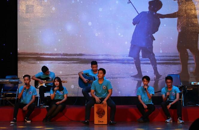 ca khúc,ca sĩ,sinh viên,tiếng hát,Đà Nẵng, Vicky Nhung - ảnh 5