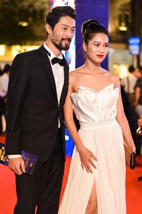 Dàn mỹ nhân Việt 'đổ bộ' thảm đỏ lễ trao giải điện ảnh - ảnh 8