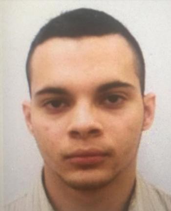 Xả súng kinh hoàng tại sân bay Mỹ, 5 người chết - ảnh 1