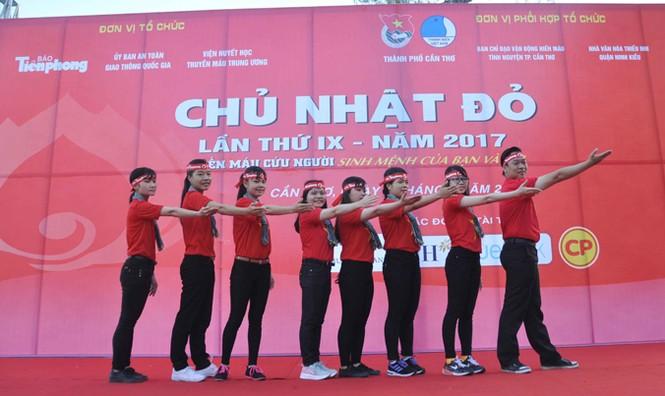 Hoa hậu Đại Dương, Top 10 HHVN hiến máu ở Cần Thơ - ảnh 6