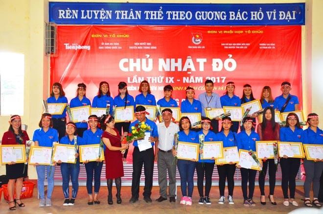Gần 500 sinh viên Trường CĐSP Đắk Lắk đi hiến máu - ảnh 7