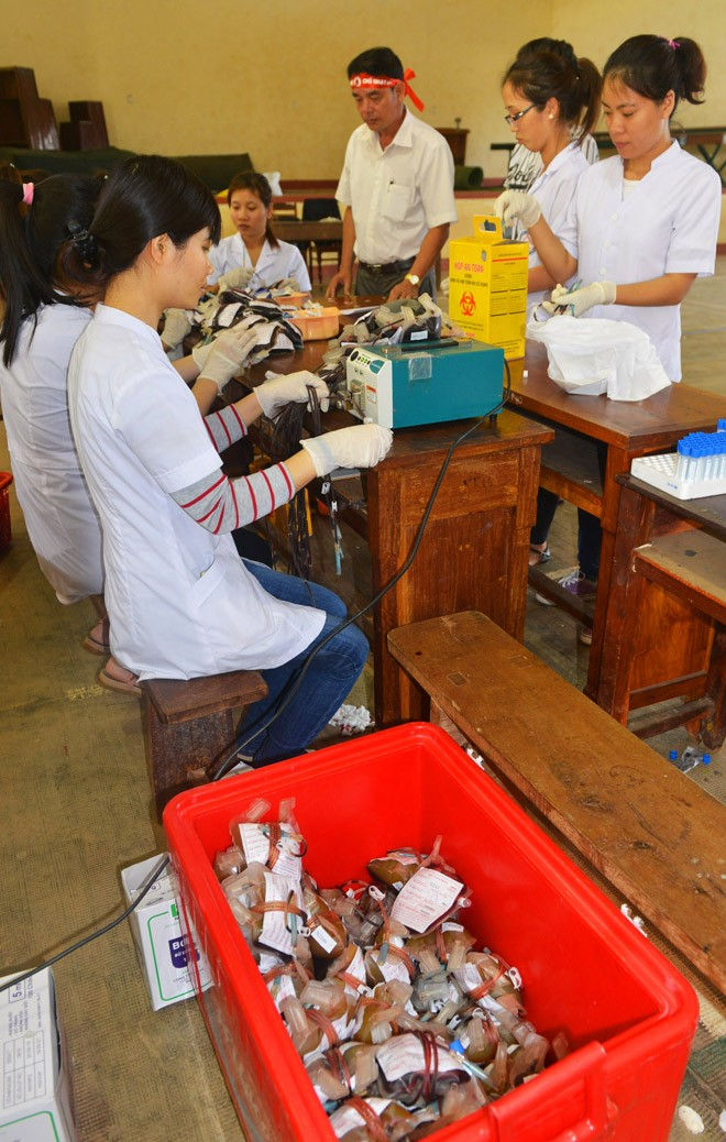 Gần 500 sinh viên Trường CĐSP Đắk Lắk đi hiến máu - ảnh 6