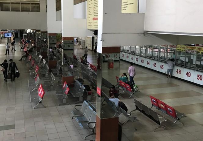 Bến xe, ga Sài Gòn vắng khách, sân bay chật kín người - ảnh 10