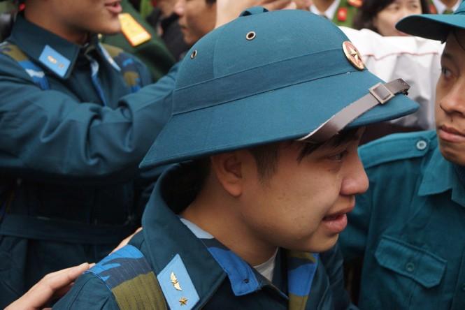3.500 thanh niên Hà Nội lên đường nhập ngũ - ảnh 14