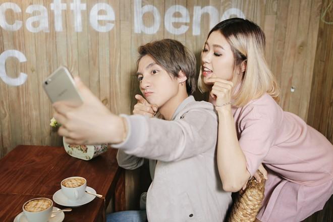 Sơn Tùng M-TP nhí nhảnh selfie cùng Suni Hạ Linh - ảnh 2