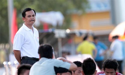 Chủ tịch CLB Long An nói gì về vụ đứng im cho đối phương ghi bàn? - ảnh 1