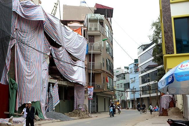 Nhà 'hình kỳ dị' lại mọc giữa Thủ đô sau cải tạo mương - ảnh 2