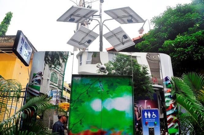 Nhà vệ sinh năng lượng mặt trời ở trung tâm Sài Gòn - ảnh 5