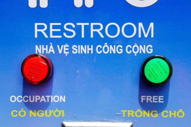 Nhà vệ sinh năng lượng mặt trời ở trung tâm Sài Gòn - ảnh 11