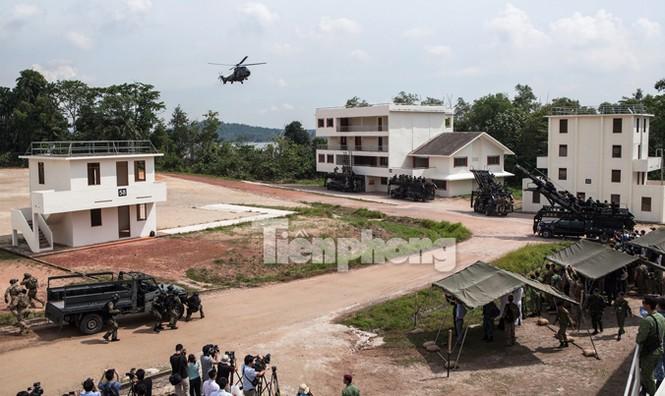 Cận cảnh đặc công Việt Nam đọ tài với đặc nhiệm các nước - ảnh 8