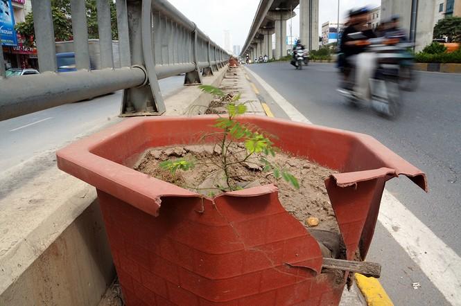 Hầm chui hơn 500 tỷ ở Hà thành nhếch nhác, ngập rác - ảnh 8