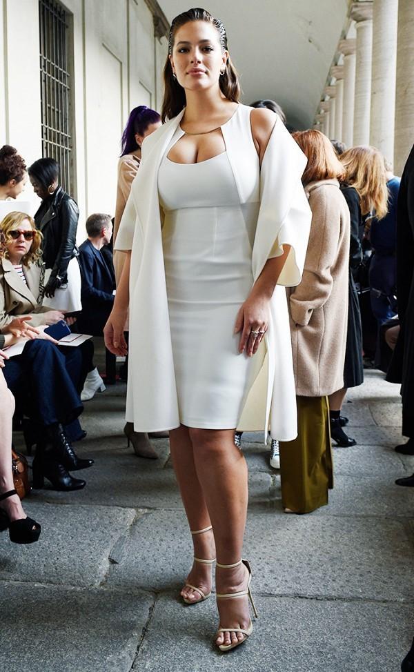Hà Hồ vào nhóm sao mặc đẹp nhất Milan Fashion Week - ảnh 6