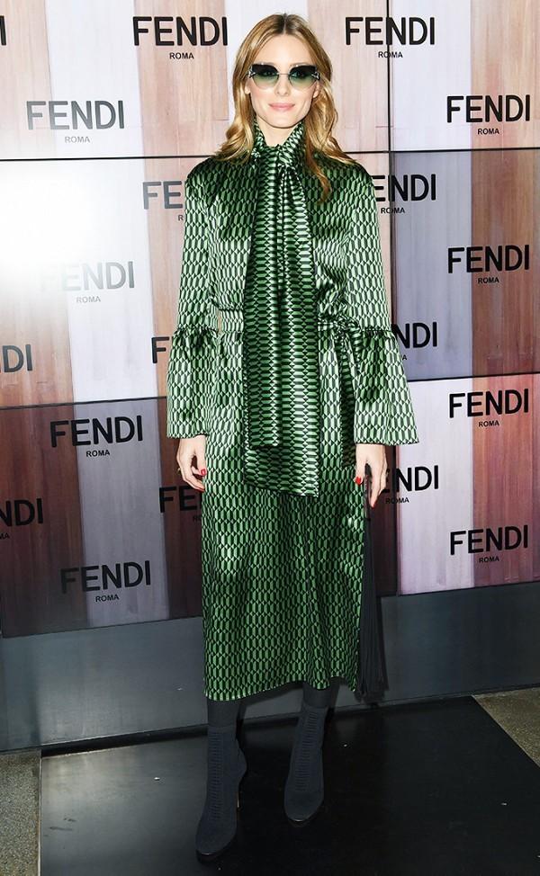 Hà Hồ vào nhóm sao mặc đẹp nhất Milan Fashion Week - ảnh 7