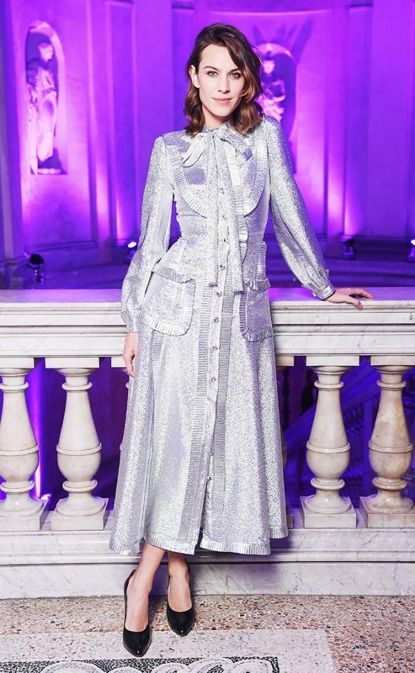Hà Hồ vào nhóm sao mặc đẹp nhất Milan Fashion Week - ảnh 8