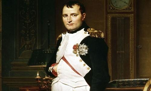 Chiếc nhẫn vàng 200 tuổi Napoleon tặng mối tình đầu - ảnh 1