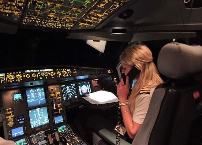 Một ngày của nữ phi công 26 tuổi lái máy bay đường dài - ảnh 6