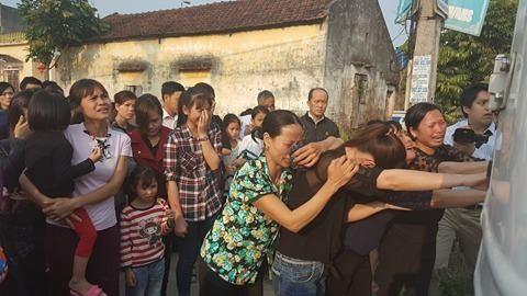 Quê nhà đón bé bị sát hại ở Nhật ngập nước mắt - ảnh 2