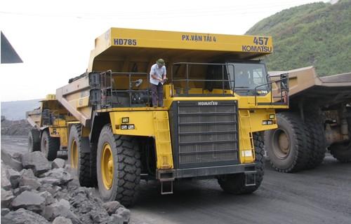 Chiêm ngưỡng dàn siêu xe tải giá 100 tỷ đồng ở Việt Nam - ảnh 3