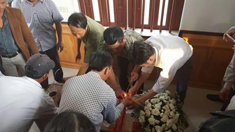 Quê nhà đón bé bị sát hại ở Nhật ngập nước mắt - ảnh 5