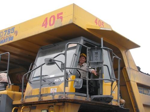 Chiêm ngưỡng dàn siêu xe tải giá 100 tỷ đồng ở Việt Nam - ảnh 8